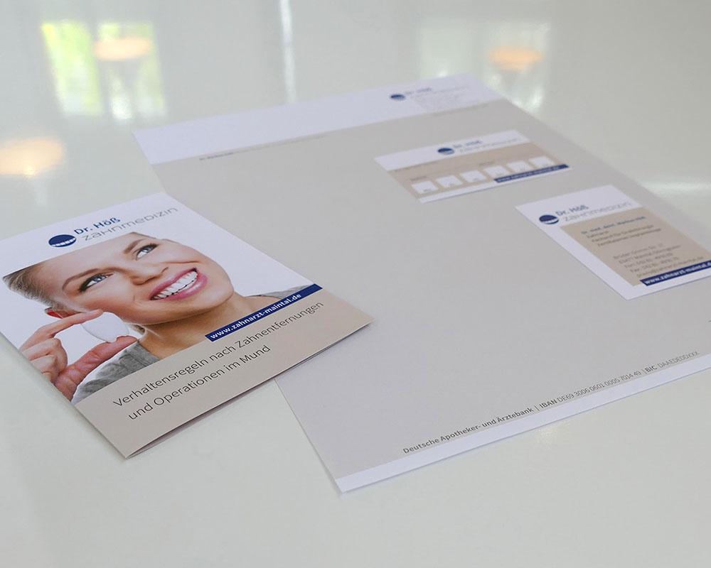 Briefpapierausstattung + Broschüre für einen Zahnarzt